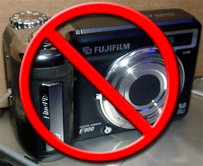 FujiFilm FinePix E900 is Flawed